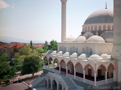 View of the Theology Faculty`s mosque in Bursa city of Turkey. (The picture was taken by Artislamic.com in 2001.)