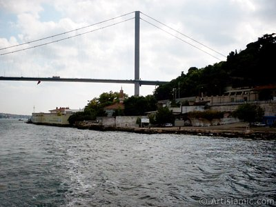 View of Ortakoy coast from the Bosphorus in Istanbul city of Turkey. (The picture was taken by Artislamic.com in 2004.)