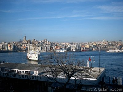 View of jetty, coast and historical Galata Tower from an overpass at Eminonu district in Istanbul city of Turkey. (The picture was taken by Artislamic.com in 2004.)