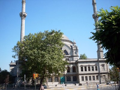 View of Valide Sultan Mosque in Dolmabahce district in Istanbul city of Turkey. (The picture was taken by Artislamic.com in 2004.)