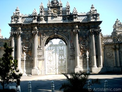 View one of the doors of Dolmabahce Palace located in Dolmabahce district in Istanbul city of Turkey.