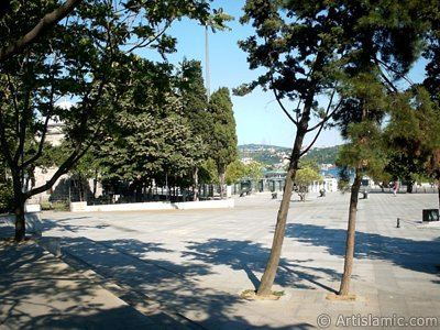 View of a park on the shore of Besiktas district in Istanbul city of Turkey. (The picture was taken by Artislamic.com in 2004.)